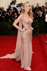 gucci-blake-lively-met-gala-ball-2014-Blake+Lively+Red+Carpet+Arrivals+Met+Gala+lbYZECt3BXzx