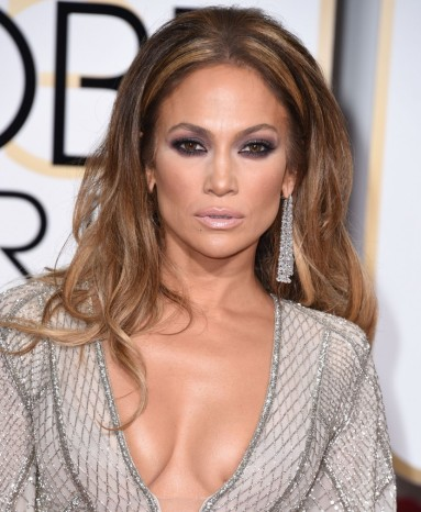 Jennifer-Lopez-Golden-Globe-Awards-2015-JLo-boobs-breasts-topless-1-830x1011